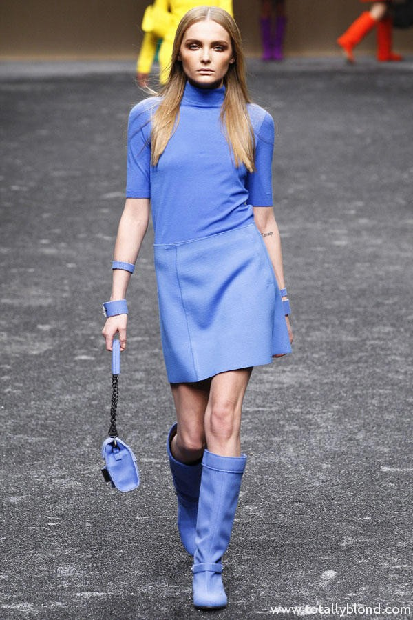 Одежда синего цвета картинки 5