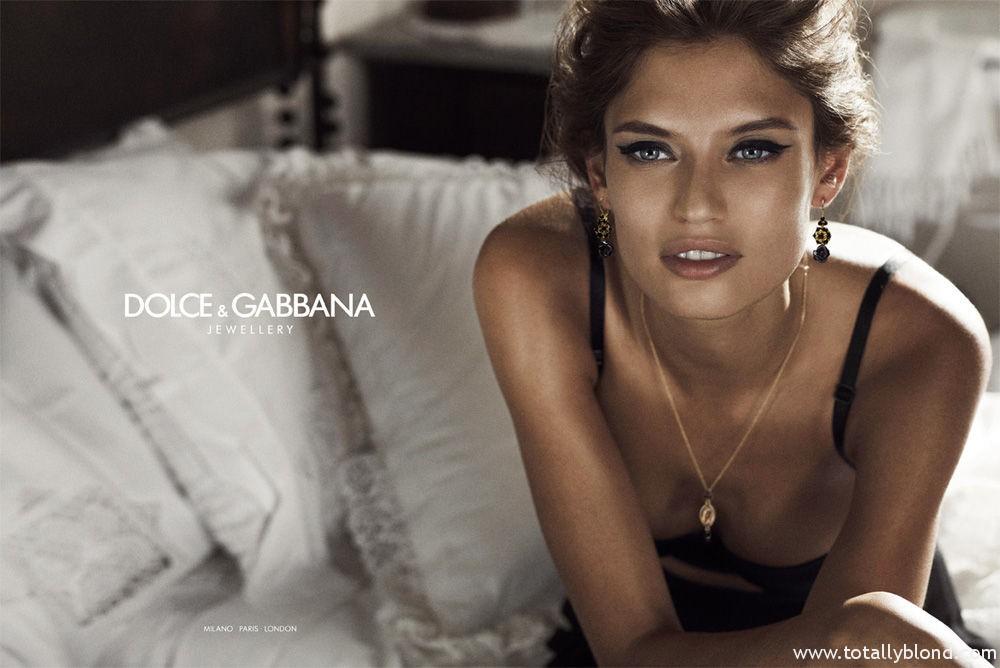 Bianca_Balti_Dolce_Gabanna_Jewellery_03