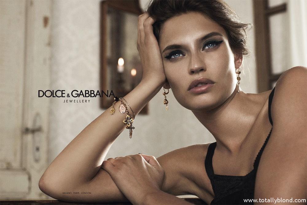 Bianca_Balti_Dolce_Gabanna_Jewellery_05