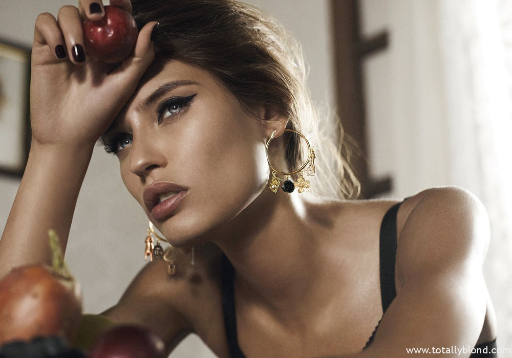 Bianca_Balti_Dolce_Gabanna_Jewellery_08