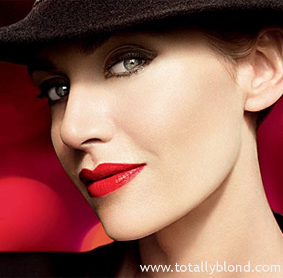 Kate_Winslet_Lancome_Golden_Hat_Collection_05