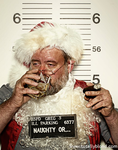 alcohol-christmas-cigar-naughty-santa-Favim.com-154014