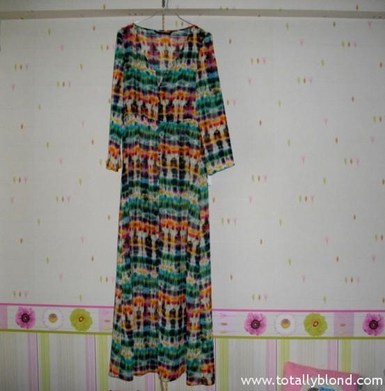 Тем более я так давно искала платье в пол с длинным рукавом.