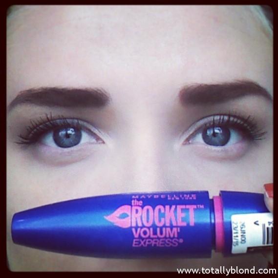 maybelline rocket volum express mascara